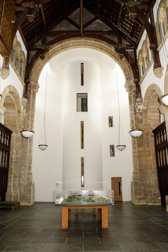 , Spectacular, Romantic Accommodation in an Abbey at the Shores of Loch Ness!