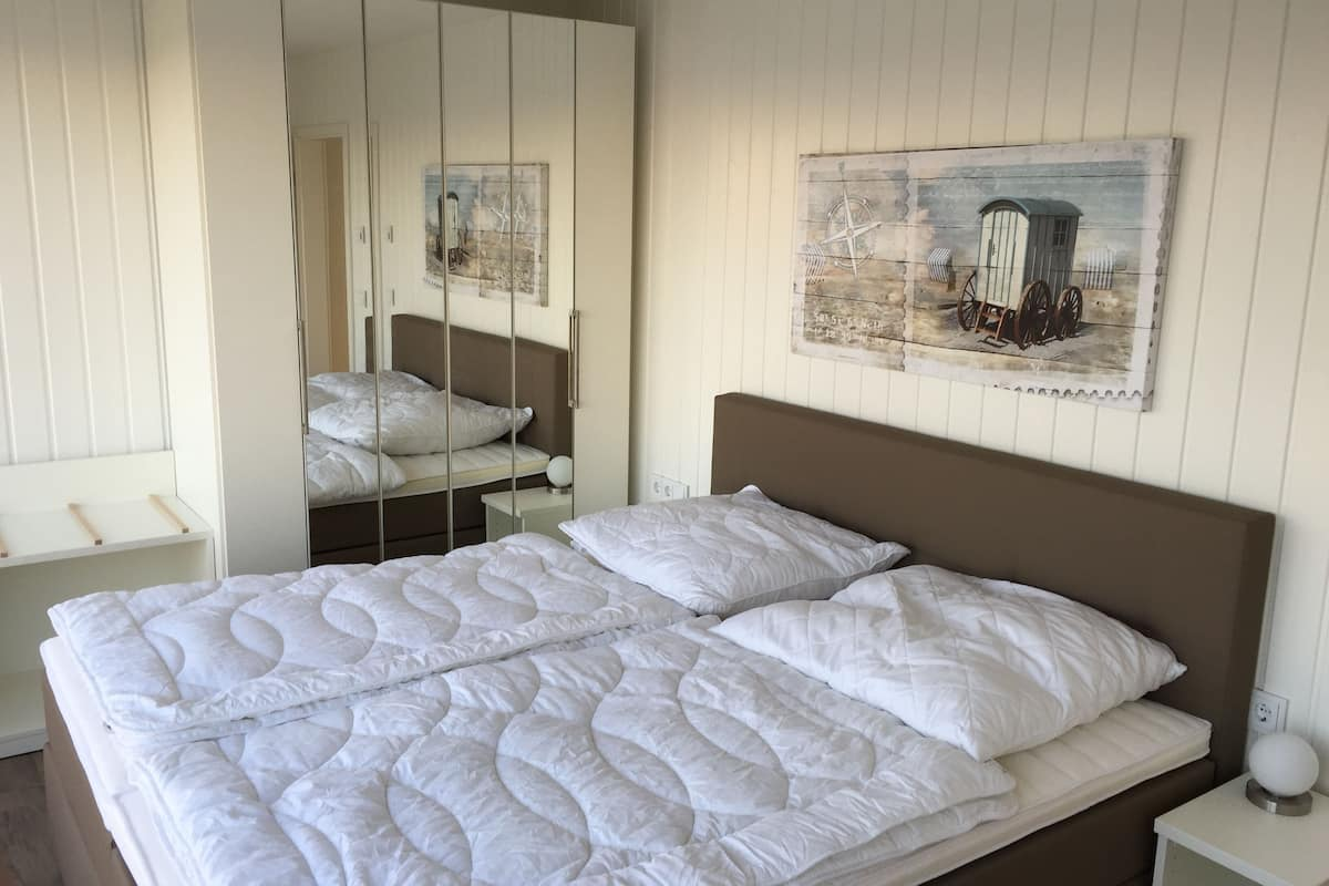Houseboat Vacation In The Middle Of The Port Of Port Olpenitz And Directly On The Baltic Sea Kappeln Hotelbewertungen 2021 Expedia De