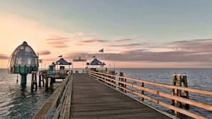 Am Strand, Liegestühle