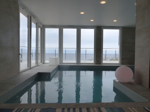 Villa SEA View and Heated Indoor Swimming Pool
