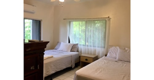 Luxury Cozy Villa Alegria With all the Amenities