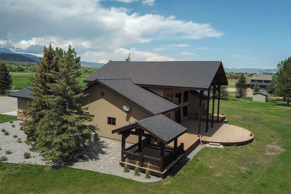 Luxury Home On The Madison River Near Ennis Montana In Hotel Rates Reviews Orbitz