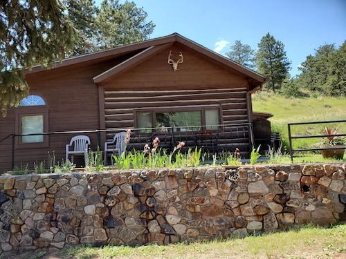 Historic Crystola Cabin