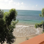 Lovely Beach Apts for Rent in Laborie