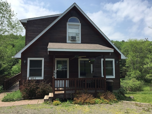 Great Place to stay Cooperstown Furnished Apartment - 1 Bedroom 1 Bathroom near Cooperstown