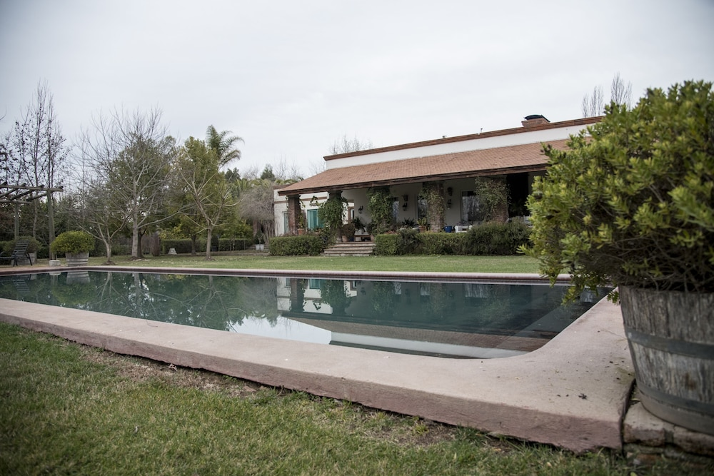 Pool, Ideal Luxury House in the Chilean Wine Valley