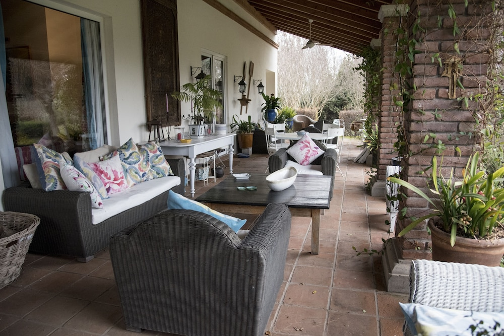 Balcony, Ideal Luxury House in the Chilean Wine Valley