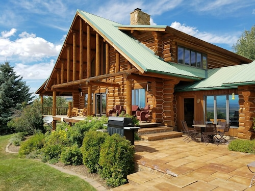 Gorgeous Custom Home on 20 Private Acres...in the Bridger Mountains!