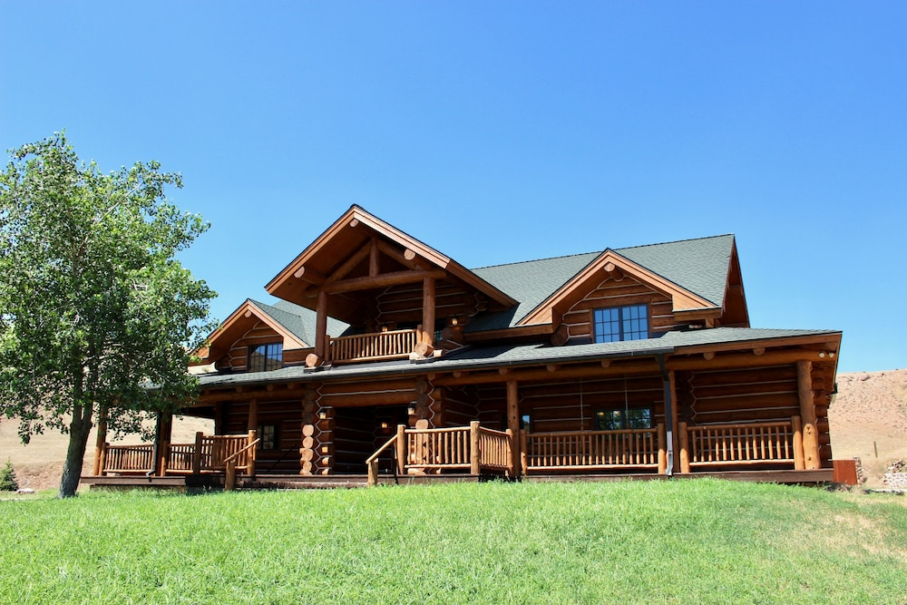 Exterior, Large, Picturesque Luxury log Home for the Whole Family
