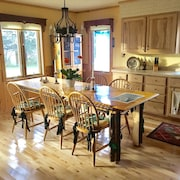 Quiet Farmhouse Near Beautiful Whitefish Chain of Lakes