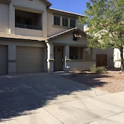 3 BR Home in Goodyear Near Ballpark, Shopping, Freeway Access. Pool, Patio