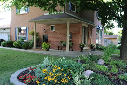 Meadowvale Home Charm