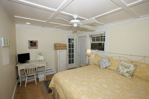 Private Cottage With Chef's Kitchen & Washer/dryer Near Palo Alto