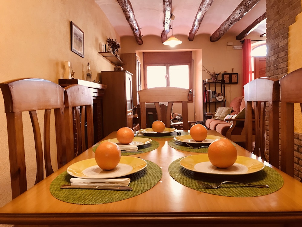 In-Room Dining, Casa Rural Cal Drac