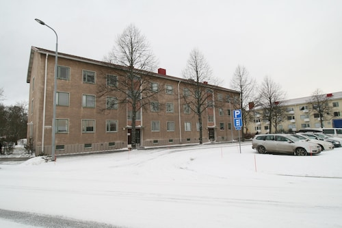 Standard-level Spacious and Luminous Four Room Apartment Near Pori City Center