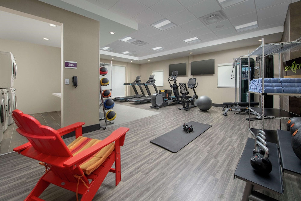 Fitness Facility, Home2 Suites by Hilton Edison, NJ