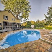 Dayton Home W/pool, Porch & Deck on 37 Acres!