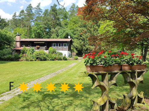 Ferienhaus Naturliebe ? 6000m² Park Garden by the Woods, Fenced, Fireplace, Pond