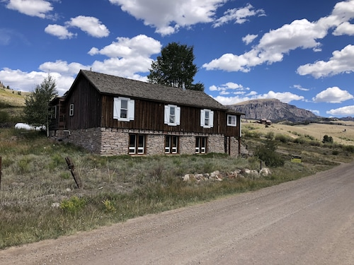 Historic Creede Cabin With Complete Remodel! Great OHV ATV Staging! Best Views!