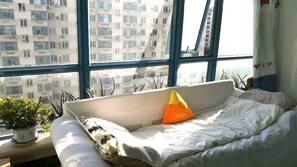 Minibar, blackout drapes, soundproofing, free WiFi