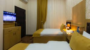 고급 침구, 메모리폼 소재 침대, 미니바, 객실 내 금고