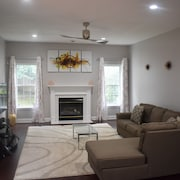 Beautiful Newly Renovated Home Close to Baltimore and Washington DC
