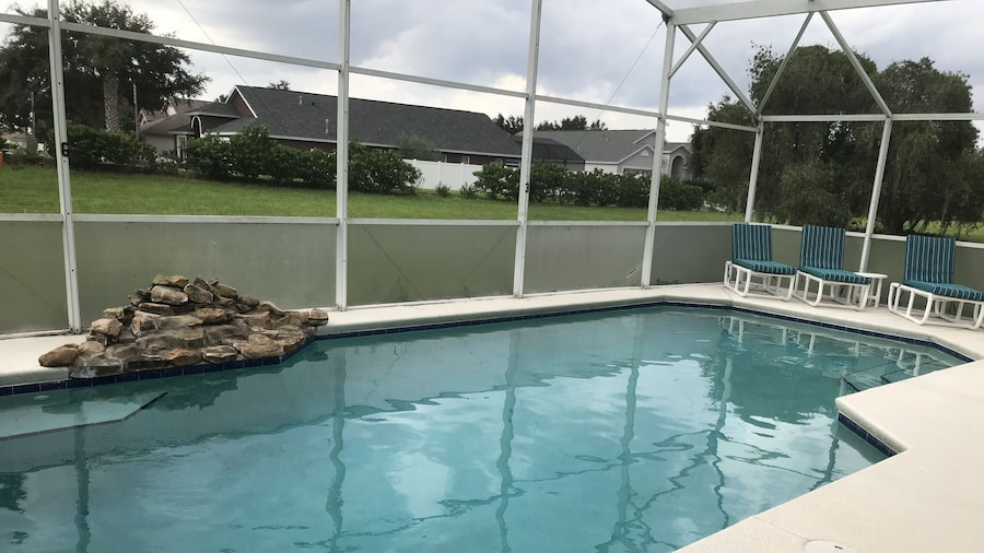Kissimmee Vacation Homes by Shine FM