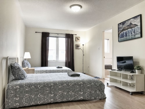 Master Bedroom With Ensuite Bathroom & Parking at Yorku. Walk to Subway stn