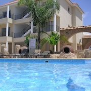 Sofilia Holiday Apartment in Sunny Paphos, Cyprus