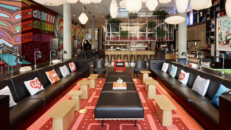 citizenM Seattle South Lake Union
