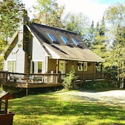 Moose Chalet - A Fun Vacation Home In The White Mountains By The Baker River!