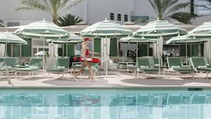 3 outdoor pools, open 10:00 AM to 4:00 PM, cabanas (surcharge)