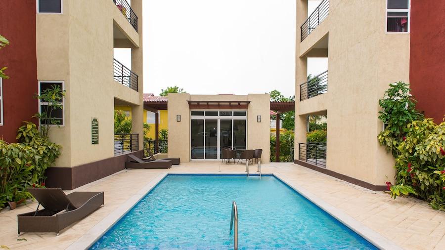 Kingston Modern Duplex Apartment
