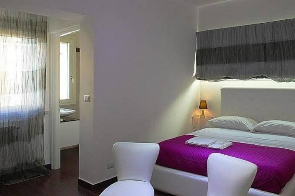 B B La Terrazza Sul Duomo In Reggio Calabria Hotel Rates