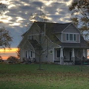 Modern Farmhouse To Gather Your Family Friends Barnyard Animals Included