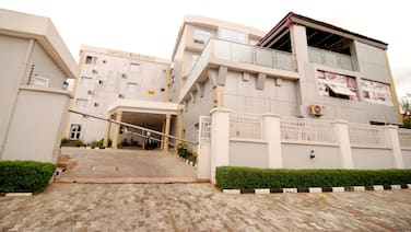 Lavila Hotels - In Abuja (Gwarinpa Estate)