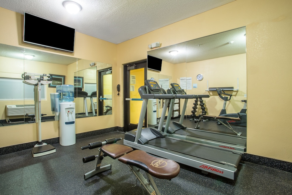Fitness Facility, First Choice Inns at the Swell