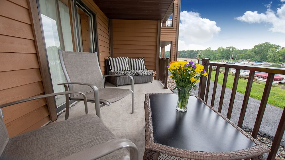 Featured Image, Riverwalk Retreat@dells Vacay Pool Walk to Downtown Dells Waterfront