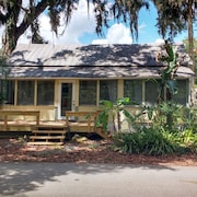 Experience Authentic OLD Florida @ This Cracker Cottage; Walk TO DE Leon Springs