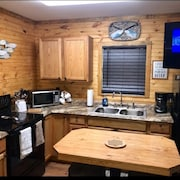 NEW 1 Bedroom Cabin Located in Cherokee National Forest Near Tellico Plains, Tn