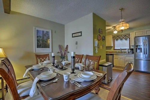 Camelback Mtn Near Ski/Zip Line/Aquatopia Waterpark 3Br 3Ba Townhome