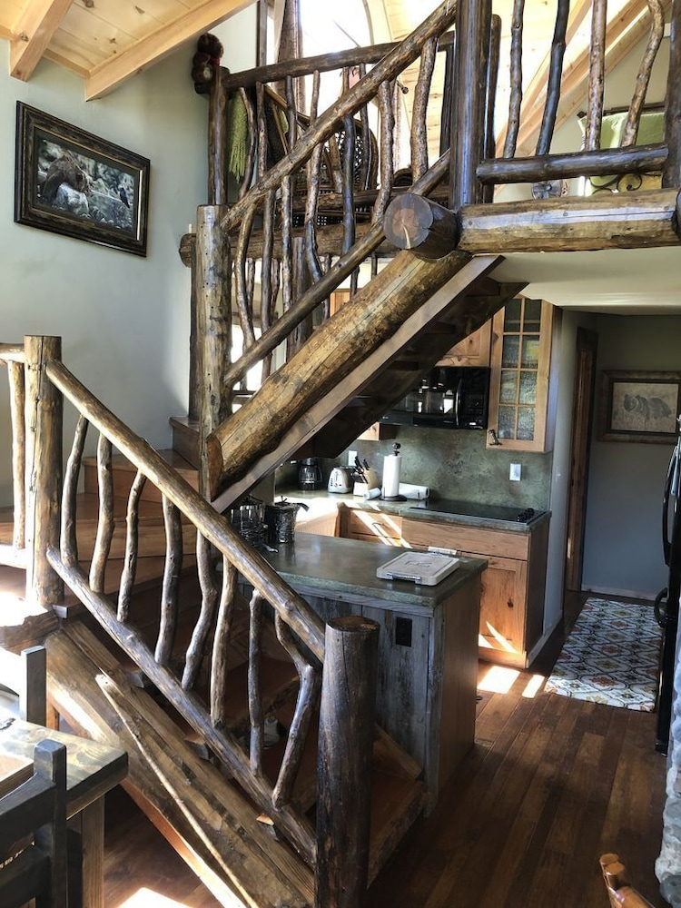 Interior, The Famous Golden Grizzly Cabin / Free Gift Certificate!