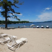 Lake Winnipesaukee Condo With Indoor/outdoor Pools and Private Beach!!