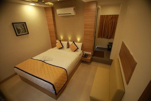 Best Arakkonam Hotel Deals Rayyan