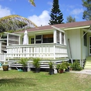Cottage 200 Steps to Waimanalo Beach