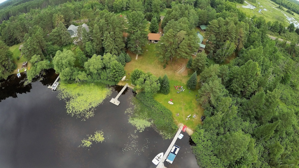 , Cozy Cottage on Grand Portage Lake, Right on ATV and Snowmobile Trail!