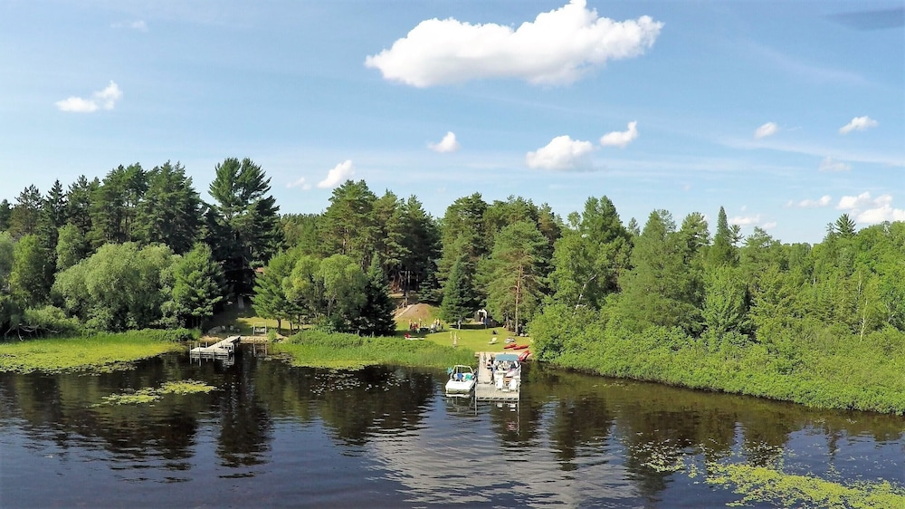 Lake, Cozy Cottage on Grand Portage Lake, Right on ATV and Snowmobile Trail!