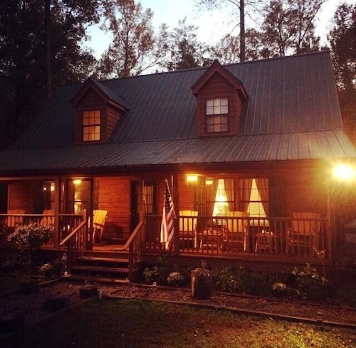 Great Place to stay Where Family Memories Are Made In The North Georgia Mountains near Sautee Nacoochee / Cleveland