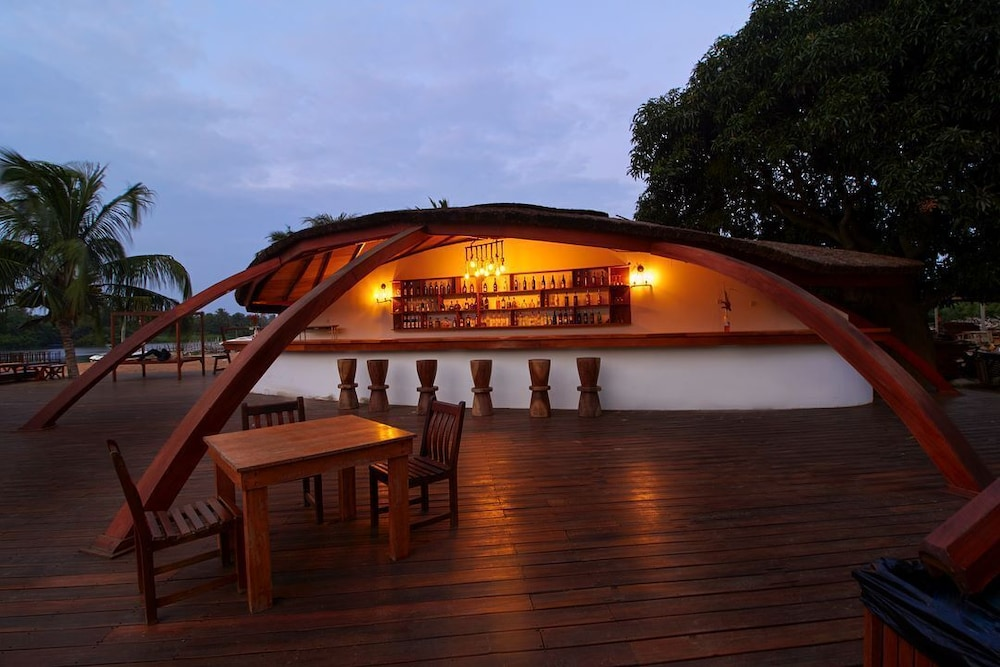 Bar, Aqua Safari Resort
