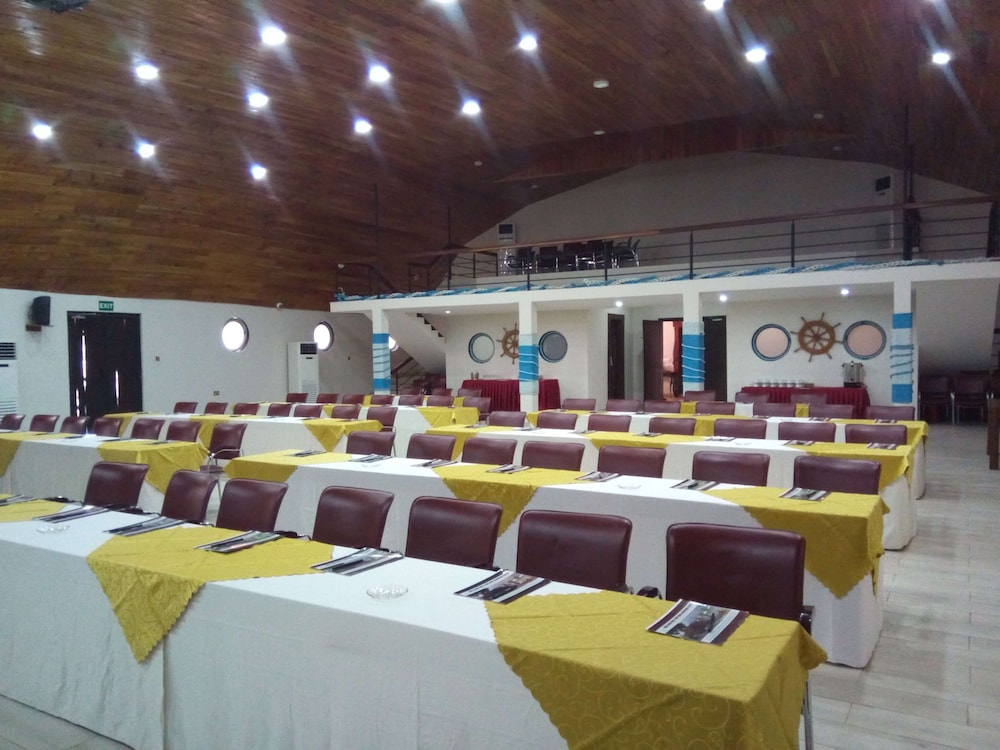 Meeting Facility, Aqua Safari Resort